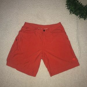 Mountain HardWear Shorts Size Excellent Condition